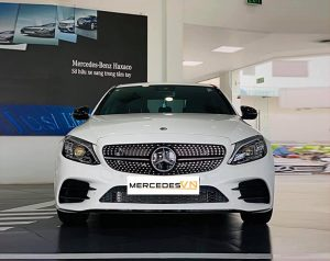 Mercedes C300 AMG 2020 màu Trắng