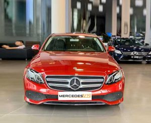 Mercedes E180 2020 mới ra mắt Đỏ