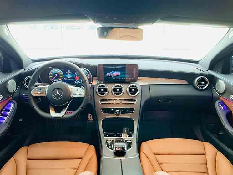 Mercedes C300 AMG model 2019 tại MercedesVN