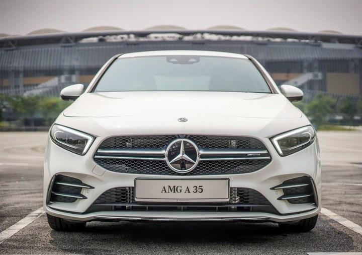 Đánh giá xe Mercedes-AMG A 35 4Matic 2021